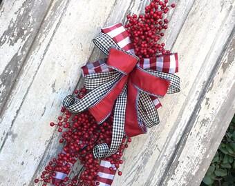 Valentine Wreath, Berry Swag, Door swag, Valentine Swag, Summer Wreath, Back door Wreath, Spring Wreath, Front Door Wreath