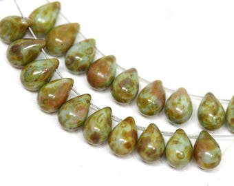 6x9mm Picasso Green teardrop beads, Rustic czech glass drops, pressed beads - 20pc - 2241