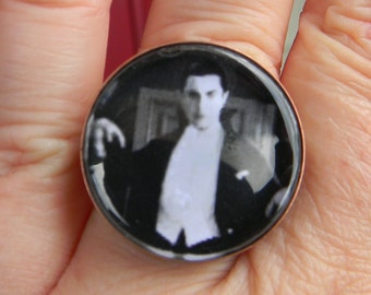 Gothic -Bela Lugosi Vampire  Bat  Vampire Rings Cabochon  Adjustable Setting