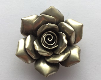 Hill Tribe Silver Vintage Rose Pendant 35mm