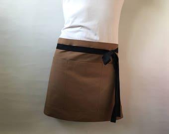 Half apron - Canvas Apron - Florist apron - Handmade Apron - Custom embroidery - Barista apron - Vendor apron - Hairdresser apron
