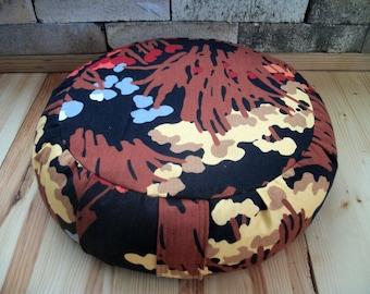 "Zafu Meditation Cushion. Round Floor/Dorm Pillow. Buckwheat Hulls. Dark Floral Cotton Print. 15x5. 6""SidewallZipper. Handmade USA by ZafuChi"