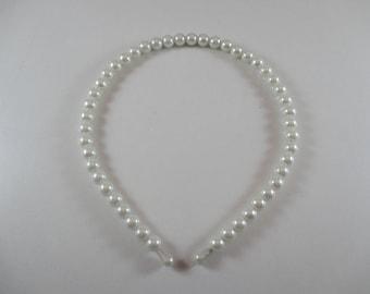 Headband, tiara, wedding, white pearls, women or child.