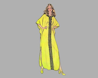 1970s Cover-Up Sewing pattern McCall's 3255 One size fits all Deep shirttail hem Pullover dress Kimono sleeves BoHO  Elbow length sleeves