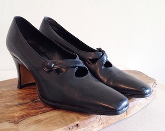 Vintage Enzo Angiolini Black Cross Strap Mary Janes Shoes Heels Pumps 1980s does the 1920s Size 6