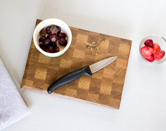 Mini End Grain Chopping Board - Fruit Cutting Board - Picnic - Chopping Block - Butchers Block - Smoothie Making - Cooking - Food Prep