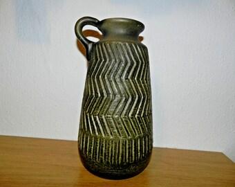 Vase Zig-zag Mari Simmulson UE Upsala Ekeby 1965