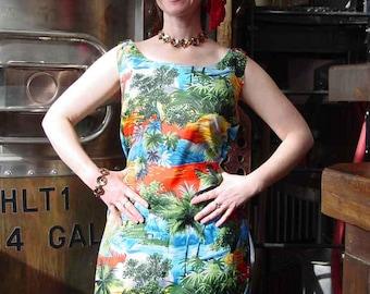 VINTAGE Hawaiian Dress - 1960's Kuonakakai Sleeveless Sheath Dress Size M