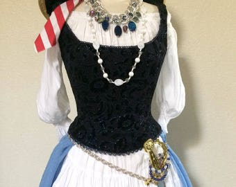 XS Adult Women's Vintage Fairy Pirate Halloween Costume Including Accessories