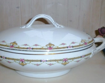 Vintage Limoges Vegetable dish France - Vintage Limoges porcelain vegetable dish