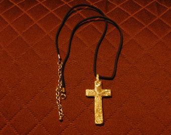 Cuttlebone Textured Cross