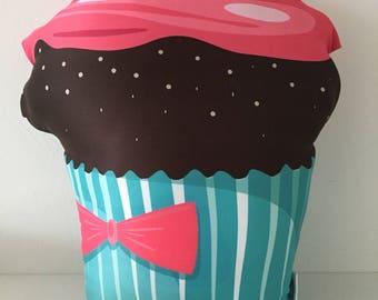Deco Pillow Goggly Cupcake Cherry