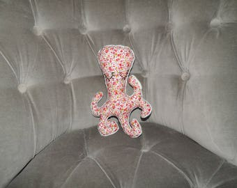 Blanket / plush Octopus shaped