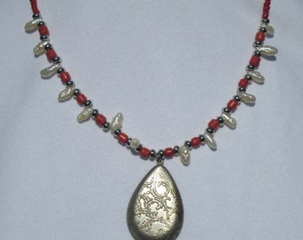 coral and pearls necklace with silver pendent