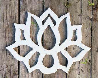 Reclaimed wood wall art / Lotus Flower Wood Wall Art / Lotus art