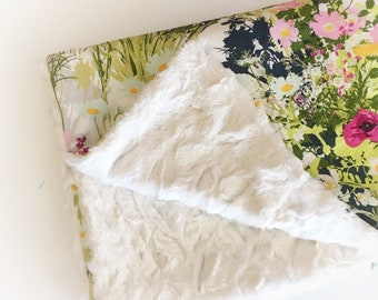 Baby GIRLS LOVEY Blanket Wildflower Floral Baby Blankets /Minky Blanket /Boho Baby Girl Nursery Blanket /READY to Ship Gifts /Girls Blanket
