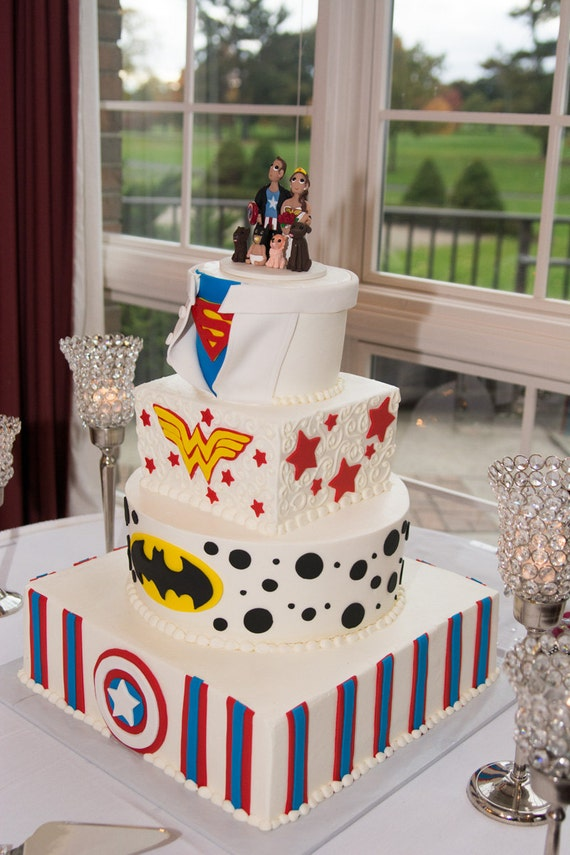 superhero themed wedding cakes custom themed wedding cake topper 20604