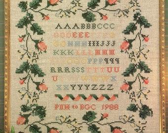 Just CrossStitch ** ROSE SAMPLER ** Vintage Cross Stitch Sampler pattern - 1988 OOP
