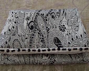 Retro Brocade Ivory Black Metallic Beaded Fold Over Clutch