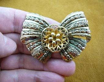 gold tone flower on tied bow ribbon Victorian repro brass pin pendant BR-107