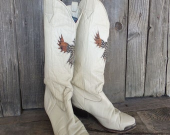 Vintage Boots, 1980s Zodiac Cowboy Boots, Eagle, Creamy White Leather Boots size 8-1/2