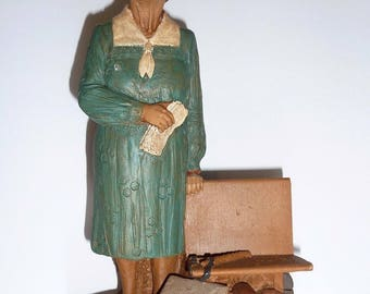 Tom Clark Miss Mary 1983 Cairn Studio Signed Mold #27 Sculpture
