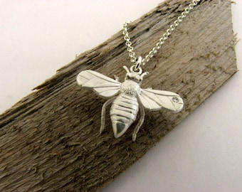 Queen Bee - Solid 925 Sterling Silver Pendant - Mother's Day - Hand Made