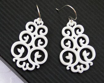 East Earrings in white - Vane Collection