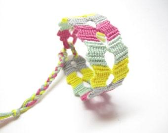 Bright Zigzag Friendship Bracelet, Flip-Flop Mirrored Zigzag, Rainbow Bracelet, Multicolored Bracelet, Colorful Jewelry, Chevron, Macrame