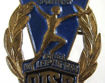 1959 GERMANY SPORTS BADGE vintage East Germany Gymnastics and Sports Leipzig cold enamel pin