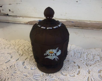 Vintage Westmoreland Brown Mist with Painted Daisy Trinket Box with Lid  B823