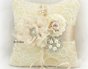 Wedding Ring Pillow in Ivory Champagne Gold with Brooch and Pearls, Ring Bearer Pillow in Lace Vintage Style