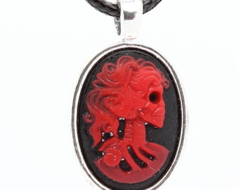 Skull resin cameo PENDANT. Red