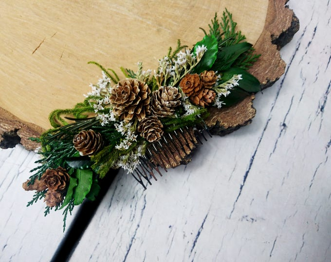 Winter wedding Conifer hair comb woodland pine cones natural thuja greenery bridal hairpiece green preserved real leafs organic eco style