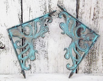Octopus Shelf Brackets / Cast Iron Octopus/ Octopus Shelf / Nautical  Decor / Beach Coastal / Patina