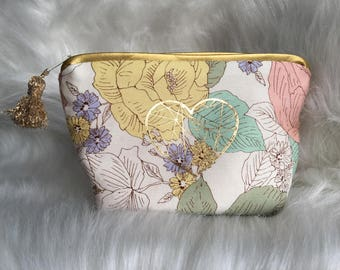 make-up gift MOM, floral clutch, clutch purse bag, beauty