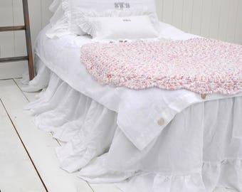 Linen BEDSKIRT, Linen Bedding, Linen Dust Ruffle, Ruffled Bedskirt, Custom Bedskirt, Farmhouse Decor! French Linen TWIN