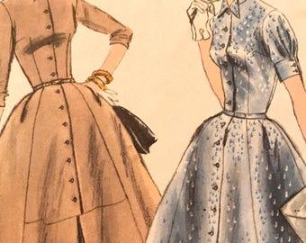 Feminine Vintage Shirtwaist Pattern---Vogue 8937---Size 16  Bust 36  UNCUT