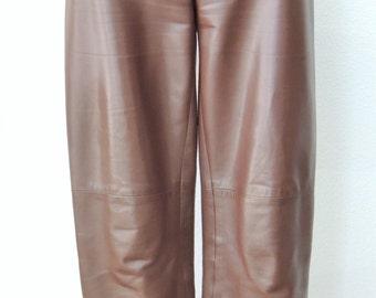SUPERB  Vintage Auth CHANEL pants in lambskin , regular shape brown color.