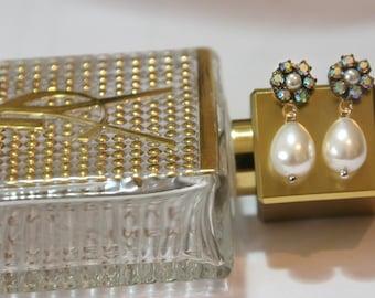 Pearl Bridal Earrings,Bridesmaids Earrings,Bridal Jewelry,Vintage Earrings,Rhinestone Earrings,Silver Post,Swarovski Crystals,Pearl Earrings