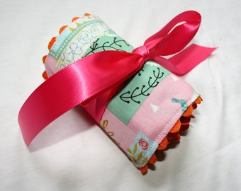 Pink and Teal Crayon Roll--Crayon Cozy--Crayon Holder--Crayon Roll-up--Stocking Stuffers for Kids--Quiet Bag