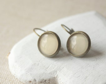 Natural earrings, Small Round Beige dangle earrings, choose brass, silver finish, leverbacks or clip on earrings E516