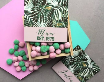 Personalised wooden box with bon bons