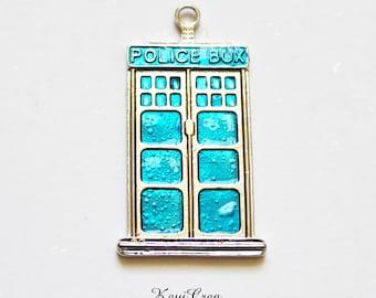 1x breloque Police Box émaillé bleu