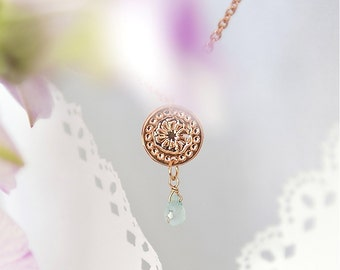 Rose Gold necklace with Aquamarine, Thin chained necklace, FLower jewelry, Aquamarine jewelry, Modern necklace, Minimal necklace