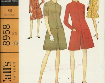 McCalls  8958  Misses and Juniors Dress or Pantdress   Size 16