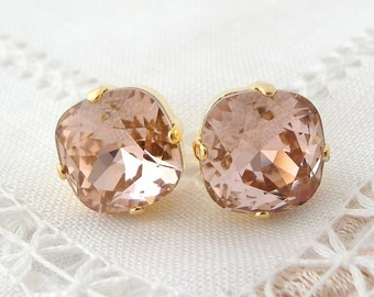 Blush earrings,Morganite studs,Swarovski,crystal stud earrings,Blush pink bridal earring,Blush pink bridesmaid earring, gold or silver