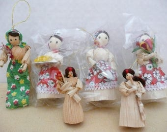 Lot of SIX Small and Miniature Vintage Corn Husk Doll Ornaments