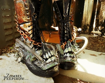 "Mad Max ""Fury"" Distressed Screaming Skull Wasteland Boots"