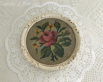 Vintage - antique tray with its flowers embroidery frame